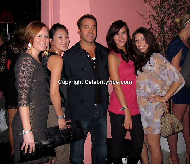 Jeremy Piven with lots of girls..Us Weekly Hot Hollywood Style Issue Party..Drai's Hollywood Nightclub..Hollywood, CA, USA..Thursday, April 22, 2010..Photo By CelebrityVibe.com.To license this image please call (212) 410 5354; or Email: CelebrityVibe@gmail.com ; .website: www.CelebrityVibe.com.