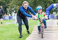 Picture by Allan McKenzie/SWpix.com - 10/09/17 - Commercial - Cycling - HSBC UK City Ride Leeds - Leeds, England - Katy Marchant helps young riders around the Go-RIde course.