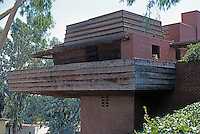 F.L. Wright: Sturges House, 1939. From driveway.  Usonian style. Photo '78.
