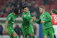 FUSSBALL   1. BUNDESLIGA  SAISON 2011/2012   11. Spieltag   29.10.2011 1.FSV Mainz 05 - SV Werder Bremen JUBEL Werder Bremen;  Claudio Pizarro, Mehmet Ekic und  Torschuetze zum 1-2 Aaron Hunt (v.li.)