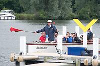 Henley on Thames. United Kingdom.   Umpire, George HAMMOND.    Friday,  01/07/2016,      2016 Henley Royal Regatta, Henley Reach.   [Mandatory Credit Peter Spurrier/Intersport Images] Intersport Images]