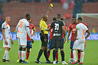 MEDELLIN- COLOMBIA, 24-03-2019:Gustavo Murillo Rivas referee central durante el encuentro entre el Independiente Medellín  y el Envigado  durante partido por la fecha 11 de La Liga Aguila I 2019 ,jugado en el estadio Atanasio Girardot de la ciudad de Medellín / Central referee Gustavo Murillo Rivas during match between Independiente Medellin  and  Envigado during match for the date 11 as part Aguila League I 2019 between Independiente Medellin  and Envigado played at Atanasio Girardot stadium in Medellin  city.  Photo: VizzorImage / León Monsalve  / Contribuidor
