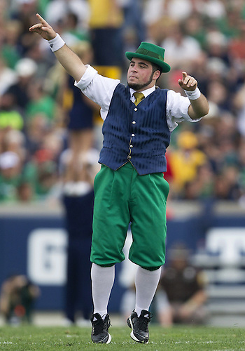 August 31, 2013:  Notre Dame Leprechaun performs during NCAA Football game action between the Notre Dame Fighting Irish and the Temple Owls at Notre Dame Stadium in South Bend, Indiana.  Notre Dame defeated Temple 28-6.
