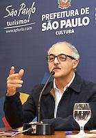ATENCAO EDITOR: FOTO EMBARGADA PARA VEICULO INTERNACIONAL - SAO PAULO, SP, 11 SETEMBRO 2012 - Secretário adj de cultura do município, Sadek fala durante coletiva do prefeito Kassab no lançamento do projeto Pode entrar que a casa é sua na preifura de São Paulo nessa terça feira, 11 (FOTO: LEVY RIBEIRO / BRAZIL PHOTO PRESS)
