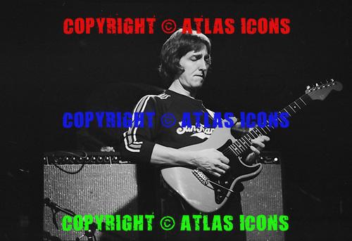 ALLAN HOLDSWORTH, LIVE, 1982, NEIL ZLOZOWER
