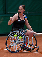 France, Paris, 04.06.2014. Tennis, French Open, Roland Garros, Wheelchair player Aniek van Koot (NED)<br /> Photo:Tennisimages/Henk Koster