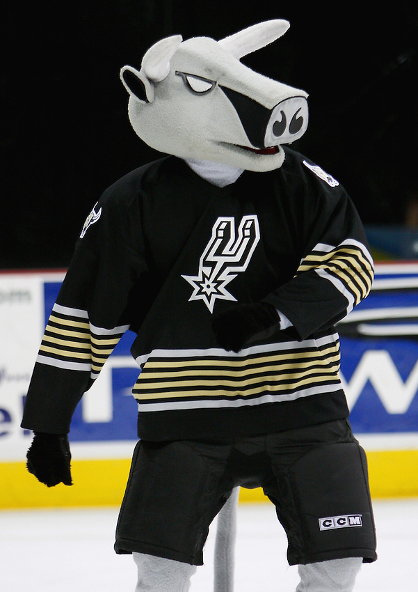 AMERICAN HOCKEY LEAGUE - San Antonio mascot T-Bone entertains fans at intermission during the game between the Houston Aeros and the San Antonio Rampage, Jan. 11, 2008 at the AT&T Center in San Antonio, Texas. Houston won 3 - 1. (Darren Abate/PressPhoto International)