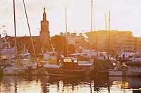 Europe/France/Aquitaine/33/Gironde/Bassin d'Arcachon/Arcachon: Le port de pêche dans la lumière du soir