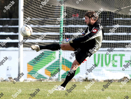 2010-01-31 / Voetbal / seizoen 2009-2010 / Willebroek-Meerhof - Racing Mechelen / Laurent Bernardi..Foto: mpics