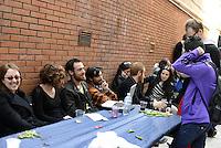 Roma, 29 Marzo 2014<br /> Centocelle<br /> Le e gli occupanti del palazzo sgomberato e messo sotto sequestro il 19 Marzo scorso e poi rientrate/i con dissequestro temporaneo,  organizzano una festa aperta alla cittadinanza. Elio Germano a tavola con gli occupanti.<br /> House, the occupation of Via delle Acacie open to the city.