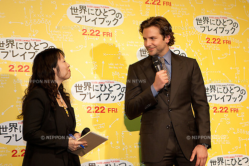 2013.01.24, Tokyo- The Tokyo Movie Premiere of Silver Linings Playbook took place at the Toho Cinemas in Roppongi Hills Tokyo..Hundreds of Fans came to see Bradley Cooper promoting the Movie on behalf of the additional Cast Members Jennifer Lawrence,Robert de Niro, Jacki Weaver and Chris Tucker. Special Guest: Kuroki Meisa.The Movie will be released to the Public in Japan Friday February 22nd. (Photo by Michael Steinebach/AFLO)