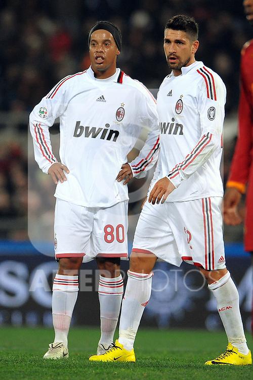 """Marco BORRIELLO e RONALDINHO Milan.Roma 6/3/2010 Stadio """"Olimpico"""".Roma Milan 0-0 .Campionato Italiano di Calcio Serie A 2009/2010.Foto Andrea Staccioli Insidefoto"""
