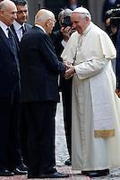 Il Presidente della Repubblica Giorgio Napolitano accoglie Papa Francesco in occasione della sua visita al Quirinale, Roma, 14 novembre 2013.<br /> Italy's Head of State Giorgio Napolitano welcomes Pope Francis on the occasion of his visit to the Quirinale presidential palace, Rome, 14 November 2013.<br /> UPDATE IMAGES PRESS/Riccardo De Luca<br /> <br /> STRICTLY ONLY FOR EDITORIAL USE<br /> <br /> *** NO UK AND US SALES ***