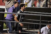 SÃO PAULO, SP, 05 DE MAIO DE 2013 - CAMPEONATO PAULISTA - SÃO PAULO x CORINTHIANS: Alexandre Pato após partida São Paulo x Corinthians, válida pela semifinal do Campeonato Paulista de 2013, disputada no estádio do Morumbi em São Paulo. FOTO: LEVI BIANCO - BRAZIL PHOTO PRESS.