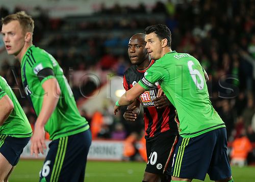 01.03.2016. Vitality Stadium, Bournemouth, England. Barclays Premier League. Bournemouth versus Southampton. Southampton. Southampton Defender José Fonte and Bournemouth Forward Benik Afobe jostle for position during a Bournemouth corner, as Southampton Midfielder James Ward-Prowse looks to the corner flag