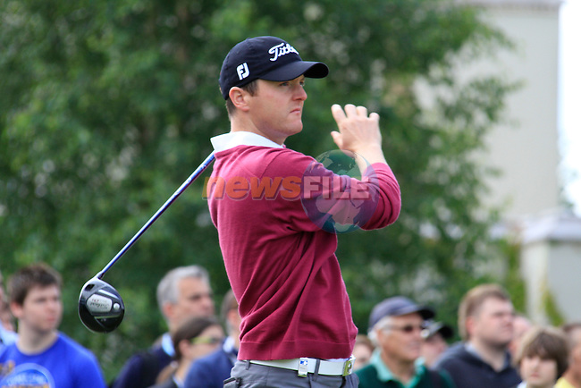Michael Hoey (NIR) tees off on the 1st tee to start the Final Day of the BMW PGA Championship Championship at, Wentworth Club, Surrey, England, 29th May 2011. (Photo Eoin Clarke/Golffile 2011)
