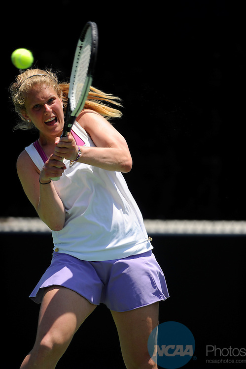 26 MAY 2011: Nikki Reich of Williams returns a volley during the Division III Women's Tennis Championship held at the Biszantz Family Tennis Center and Pauley Tennis Complex in Claremont, CA. Williams defeated Amherst 5-4 for the national title. Stephen Nowland/NCAA Photos