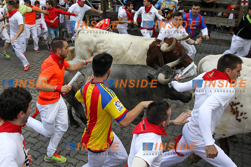 Third bull runing of San Fermin at Pamplona, with bulls of the ranch of Jos&eacute; Escolar. July 08, 2016. (Insidefoto/ALTERPHOTOS/Rodrigo Jimenez <br /> San Firmino Corsa dei Tori
