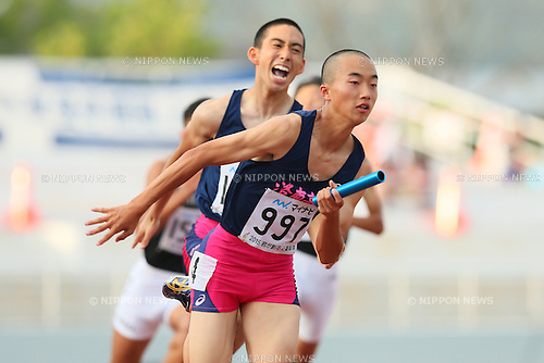 Daisuke Miyamoto, JULY 29, 2015 - Athletics : 2015 All-Japan Inter High School Championships, Men's 4100mR at Kimiidera Athletic Stadium, Wakayama, Japan. (Photo by YUTAKA/AFLO SPORT)