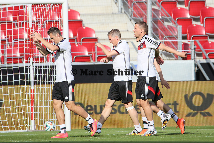 Miroslav Klose, Bastian Schweinsteiger, Lukas Podolski (D) - Abschusstraining Nationalmannschaft in Mainz