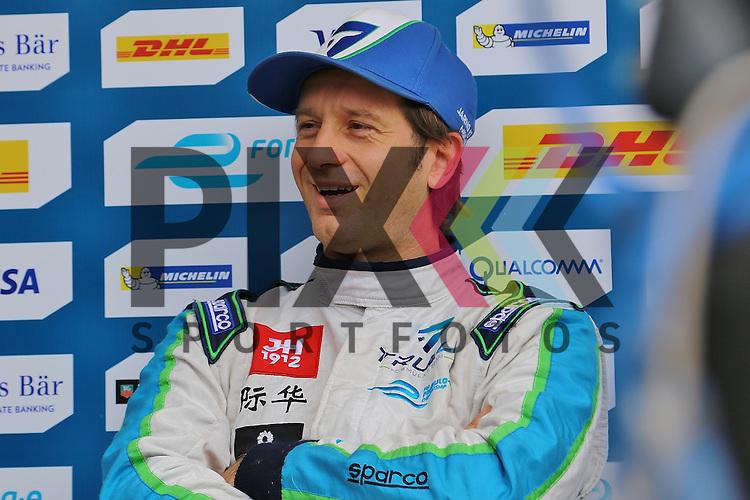 Berlin, 23.05.2015, Motorsport, FIA Formel E Championship, Formel E DHL Berlin ePrix, 8. Rennen : Jarno Trulli (Trulli, #10)<br /> <br /> Foto &copy; P-I-X.org *** Foto ist honorarpflichtig! *** Auf Anfrage in hoeherer Qualitaet/Aufloesung. Belegexemplar erbeten. Veroeffentlichung ausschliesslich fuer journalistisch-publizistische Zwecke. For editorial use only.