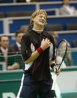 20-2-06, Netherlands, tennis, Rotterdam, ABNAMROWTT, Vik in agony in his match against Rusedski