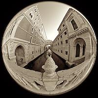 Italy 2014: Venezia, Verona, Ferrara, Padova (Monochrome)