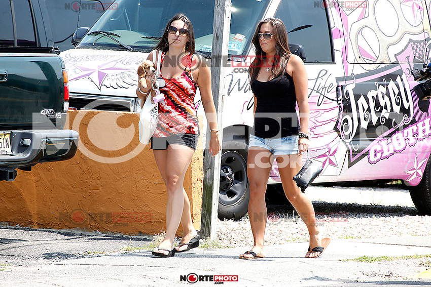 Sammi and friend pictured during filming of The Jersey Shore Show season six in Seaside Heights, New Jersey on June 28, 2012  &copy; Star Shooter / MediaPunchInc */NORTEPHOTO.COM*<br />