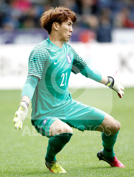 South Korea's Jinhyeon Kim during friendly match. June 1,2016.(ALTERPHOTOS/Acero)