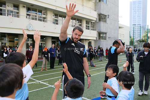 Jeremy Thrush (NZL), <br /> NOVEMBER 1, 2013 - Rugby : <br /> All Blacks visited the Aoyama elementary school. <br /> in Tokyo, Japan. <br /> (Photo by YUTAKA/AFLO SPORT)