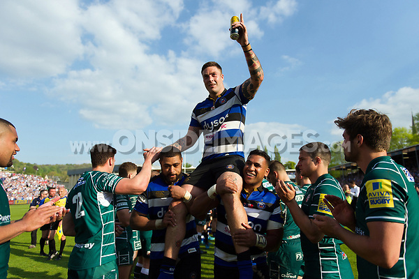 Matt Banahan of Bath Rugby is carried off the field by his team-mates on the occasion of his final game for the club. Aviva Premiership match, between Bath Rugby and London Irish on May 5, 2018 at the Recreation Ground in Bath, England. Photo by: Patrick Khachfe / Onside Images