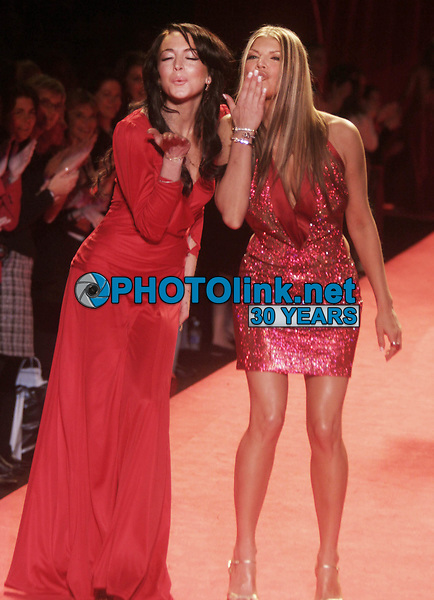 LINDSAY LOHAN FERGIE 2006<br /> THE HEART TRUTH''  RED DRESS COLLECTION FASHION SHOW AT BRYANT PARK<br /> Photo By John Barrett/PHOTOlink.net