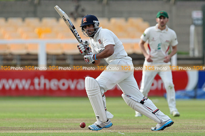 Ravi Bopara in batting action for Essex - Leicestershire CCC vs Essex CCC - LV County Championship Division Two Cricket at Grace Road, Leicester - 15/09/14 - MANDATORY CREDIT: Gavin Ellis/TGSPHOTO - Self billing applies where appropriate - contact@tgsphoto.co.uk - NO UNPAID USE