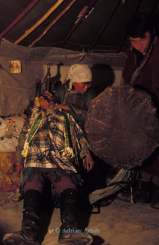 A shaman ges into  trance inside a Tsaatan family ger<br />