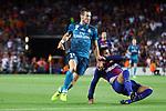 Supercopa de Espa&ntilde;a - Ida.<br /> FC Barcelona vs R. Madrid: 1-3.<br /> Bale vs Gerard Pique.