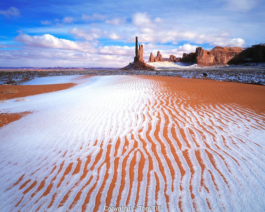 Dunes & Totem Pole in Winter, Monument Valley Tribal Park, Arizona / Utah  Rare winter snow