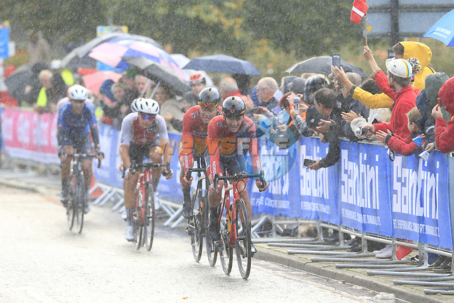Idar Andersen and Tobias Foss (NOR) on the front in wet conditions on the Harrogate circuit during the Men U23 Road Race of the UCI World Championships 2019 running 186.9km from Doncaster to Harrogate, England. 27th September 2019.<br /> Picture: Eoin Clarke   Cyclefile<br /> <br /> All photos usage must carry mandatory copyright credit (© Cyclefile   Eoin Clarke)
