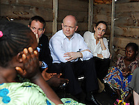 Angelina Jolie on humanitarian trip to Rwanda