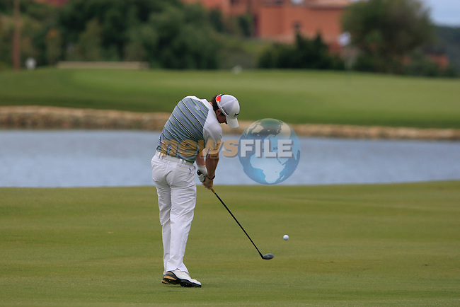 Rory McIlroy (N.IRL) plays his 2nd shot on the 3rd hole during the afternoon session on Day 2 of the Volvo World Match Play Championship in Finca Cortesin, Casares, Spain, 20th May 2011. (Photo Eoin Clarke/Golffile 2011)