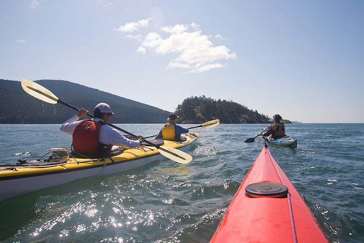 Sea kayaking, Strawberry Island, Rosario Strait, San Juan Islands, Salish Sea, Washington State, Pacific Northwest, U.S.A.,