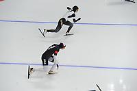OLYMPIC GAMES: PYEONGCHANG: 18-02-2018, Gangneung Oval, Long Track, 500m Ladies, Brittany Bowe (USA), Erina Kamiya (JPN), ©photo Martin de Jong