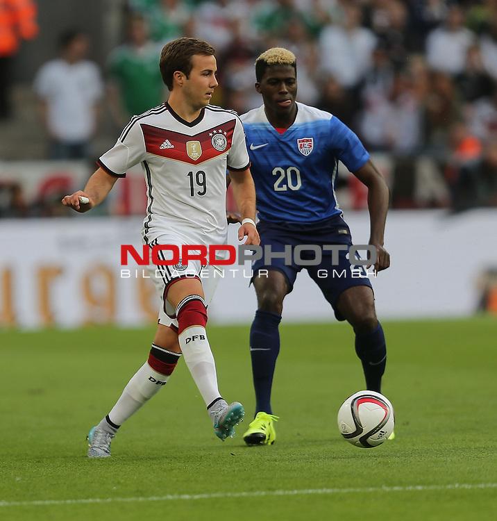 DFB Freundschaftsl&auml;nderspiel, Deutschland vs. USA<br /> Mario G&ouml;tze (Deutschland), Gyasi Zardes (USA)<br /> <br /> Foto &copy; nordphoto /  Bratic