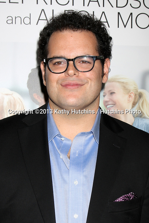 """LOS ANGELES - SEP 16:  Josh Gad at the """"Thanks for Sharing"""" Premiere  at ArcLight Hollywood Theaters on September 16, 2013 in Los Angeles, CA"""