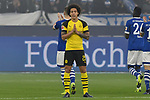 08.12.2018, Veltins-Arena, Gelsenkirchen, GER, 1. FBL, FC Schalke 04 vs. Borussia Dortmund, DFL regulations prohibit any use of photographs as image sequences and/or quasi-video<br /> <br /> im Bild Axel Witsel (#28, Borussia Dortmund) faltet vor dem Anpfiff die Hände <br /> <br /> Foto © nordphoto/Mauelshagen