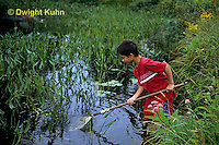 FA27-172z  Child using net to catch insects in Pond - PRA