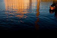 Porto Alegre_RS, Brasil...Reflexo da Usina do Gasometro sobre o Rio Guaiba em Porto Alegre, Rio Grande do Sul...Usina do Gasometro reflex on the Guaiba river in Porto Alegre, Rio Grande do Sul...Foto: MARCUS DESIMONI / NITRO