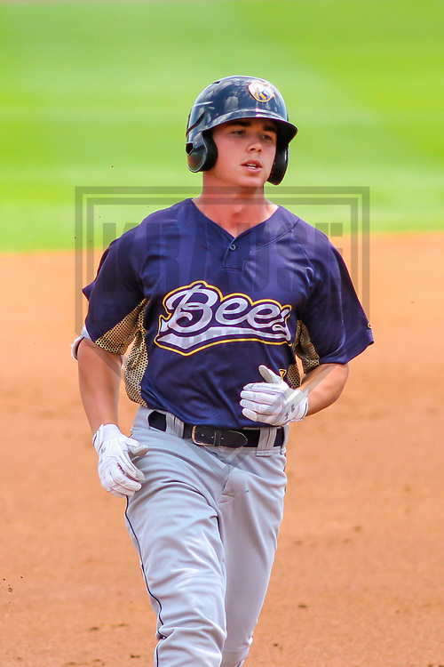 Burlington Bees outfielder Sam McDonnell (4) during a Midwest League game against the Wisconsin Timber Rattlers on July 10, 2017 at Fox Cities Stadium in Appleton, Wisconsin.  Burlington defeated Wisconsin 6-3. (Brad Krause/Krause Sports Photography)
