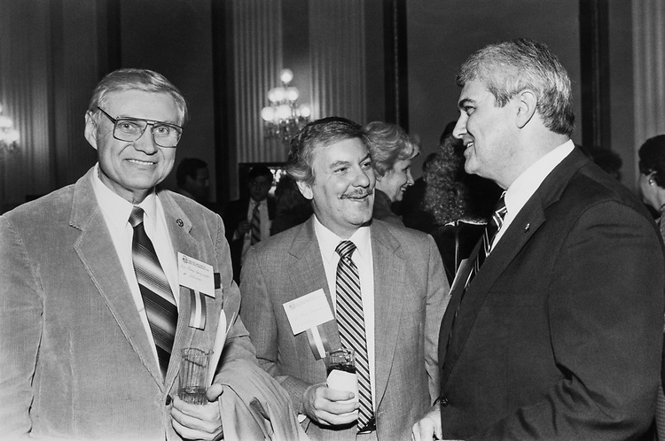 Rep. George E. Sangmeister, D-Ill., Rep. Glenn Poshard, D-Ill., and Rep. Larkin I. Smith, R-Miss., on Feb. 05, 1989. (Photo by Andrea Mohin/CQ Roll Call)
