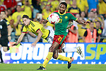 Colombia's Santiago Arias (l) and Cameroon's Lucien Owona during international friendly match. June 13,2017.(ALTERPHOTOS/Acero)