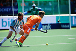 The Hague, Netherlands, June 01: Jeroen Hertzberger #11 of the The Netherlands controls the ball against Manuel Brunet #24 of Argentina  during the field hockey group match (Men - Group B) between The Netherlands and Argentina on June 1, 2014 during the World Cup 2014 at Kyocera Stadium in The Hague, Netherlands. Final score 3:1 (1:1) (Photo by Dirk Markgraf / www.265-images.com) *** Local caption ***